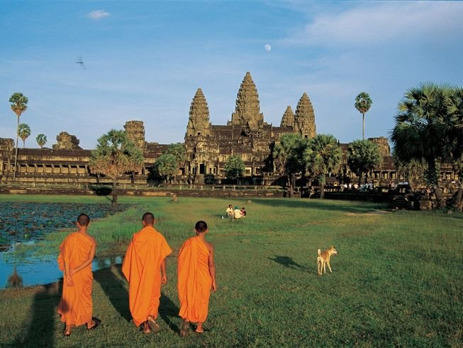 300hr-advanced-yoga-teacher-training-cambodia.png