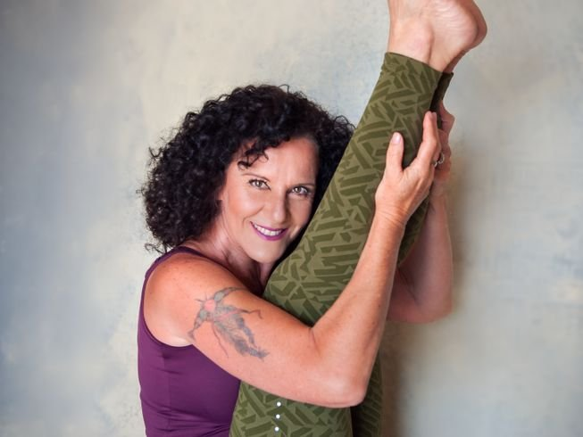 60hr-yoga-teacher-training-greece.png