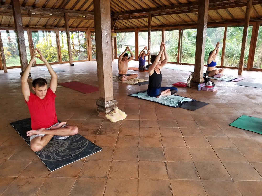 balian-beach-yoga-surf-retreat-class.jpg