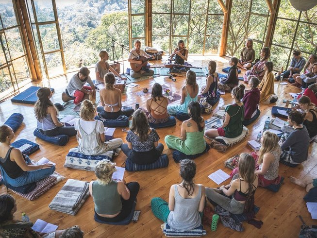 15-day-100-hour-yoga-teacher-training-guatemala.png
