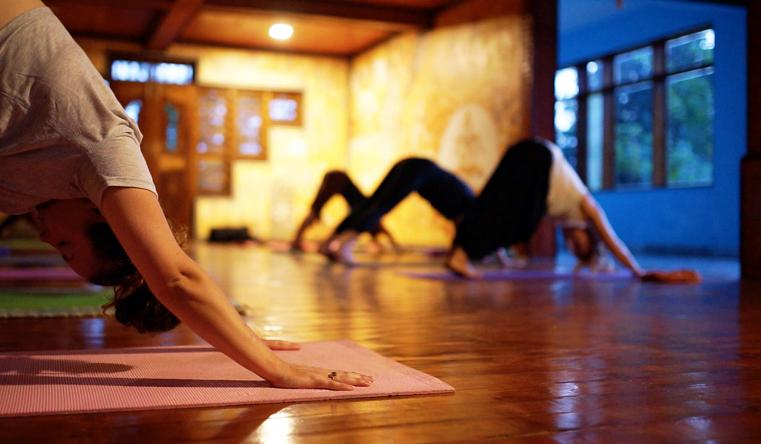 womens-yoga-detox-retreat-in-india.png