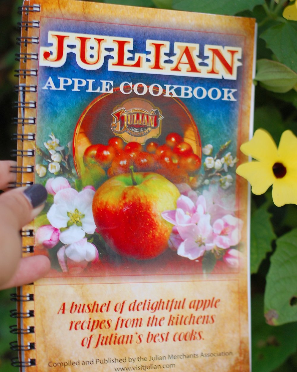 - If you are wondering what to do with all your apples, stop by the Chamber of Commerce, or most of the big shops in town to get an apple cookbook! Let the apple-loving locals give you their favorites, as their recipes are showcased in this cookbook!