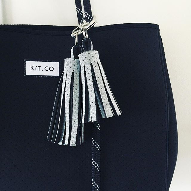 ✨ A great little gift for someone who likes to be a little extra! ✨ Our Tassels are handmade by us using re-purposed premium Neoprene and with stainless steel hardware! We are proud to be helping to curb wastage in the fashion industry by making it into these fab little guys! Tap to shop!👆🏻 . . . #christmas #christmasshopping #christmasgift #christmasgiftguide #perfectgift #summeraccessories #myKíT #KíTaccessories #keepittogether #lifestyleaccessories #mornington #morningtonpeninsula #supportlocal #melbournedesign #businesschicks #businesschicksau #onlinestore #neoprene #sportsluxe #veganaccessories #repurposed