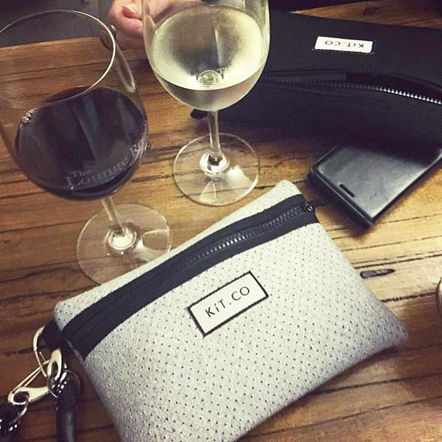 🍷🥂wine time! 🥂🍷 Where is your Mini Pouch taking you this weekend? 🤗 . . . #weekendvibes #countdown #friday #friyay #fridayfeeling #winetime #treatyourself #myKíT #KíTaccessories #keepittogether #lifestyleaccessories #mornington #morningtonpeninsula #supportlocal #bossbabes #melbourne #melbournefashion #melbournedesign #businesschicks #businesschicksau #onlinestore #neoprene #sportsluxe #veganaccessories
