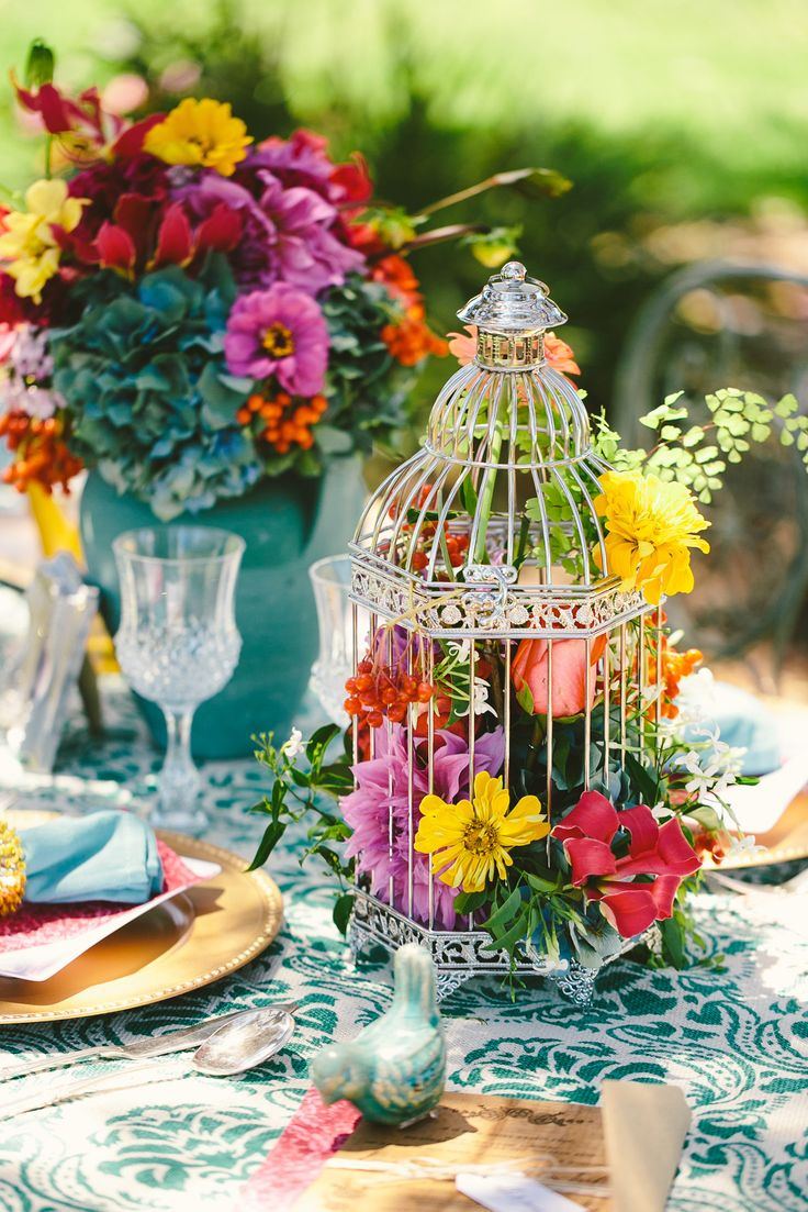 colorful-spring-wedding-party-theme-designs-unique-ceremony-day-ideas-6.jpg
