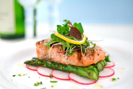 grilled-salmon-gourmet-dinner-horiz.jpg