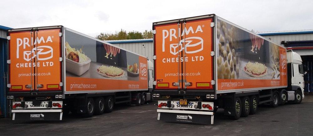 PRIMA CHEESE LORRIES   The installation of both of these wagons involved large scale digital prints being applied in a number of separate sections, to finally acvheive the final outcome shown.