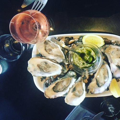 Oysters+at+Fiskebaren+Copenhagen.jpeg