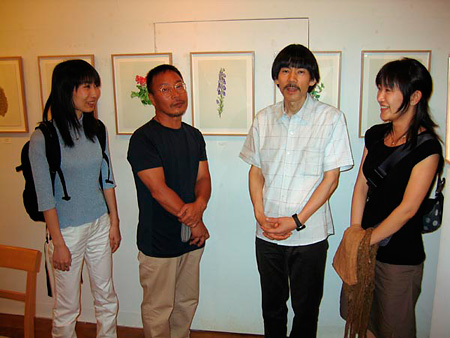Center left Hajime Sorayama and center right Akira Seto, 2004