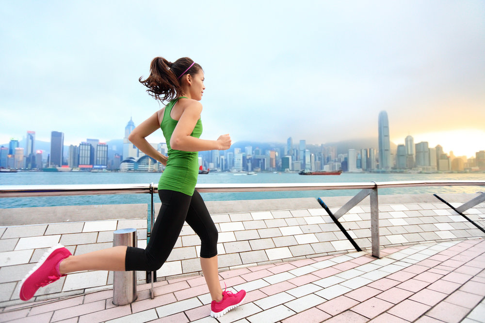 RUNNERS - If you frequently run in urban environments, you could be putting yourself at risk from a number of health conditions due to air pollution. Heavy breathing during exercise means you inhale more pollution, and particles get lodged deeper in your lungs. BREATHE|Smart can help you monitor and reduce your exposure by showing you where and when air pollution is high.