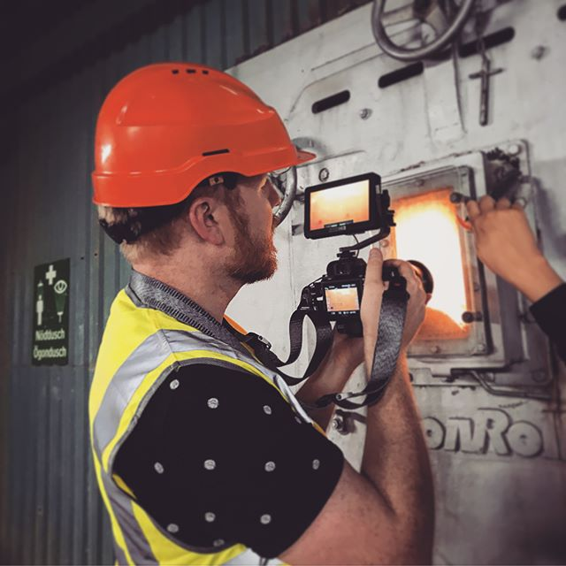 Man alive this was HOT! 🔥 Couple of #behindthescenes shots from our latest shoot for ProvaPR on refuse derived fuel - full film landing soon! 🎥🎬 #brandfilms #filmmaking #weareuntold