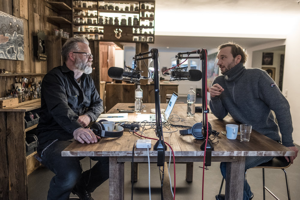 Recording a heliumTALK Podcast at heliumcowboy. With Darko C. Nicolic, February 2018.