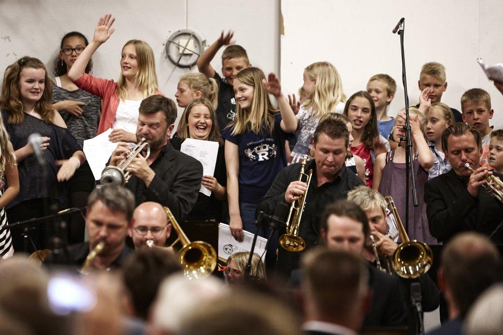Glade boern og trompeter_0033.jpg