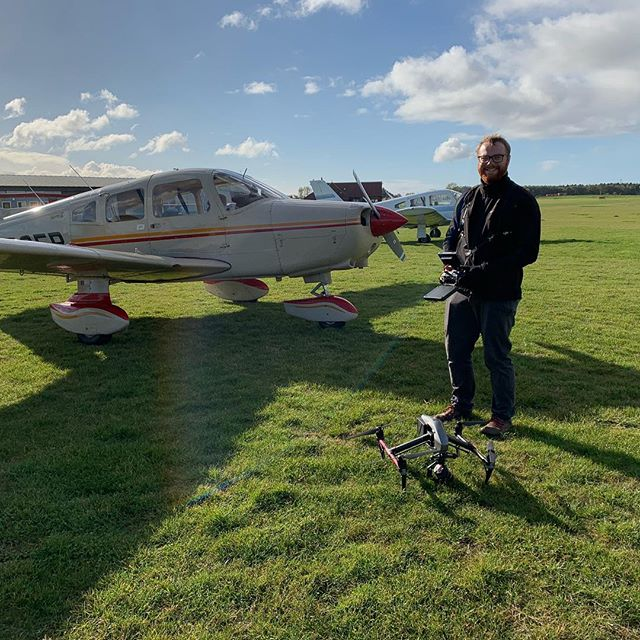 We had a good time filming planes in York the other day. Thanks @skynique.co.uk!  #drones #planes #caa #safety