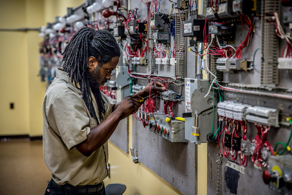 Electrical Technology — New Castle School of Trades