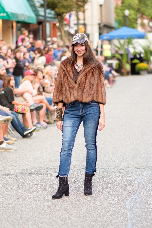 Catwalk on Chestnut - 00020.jpg