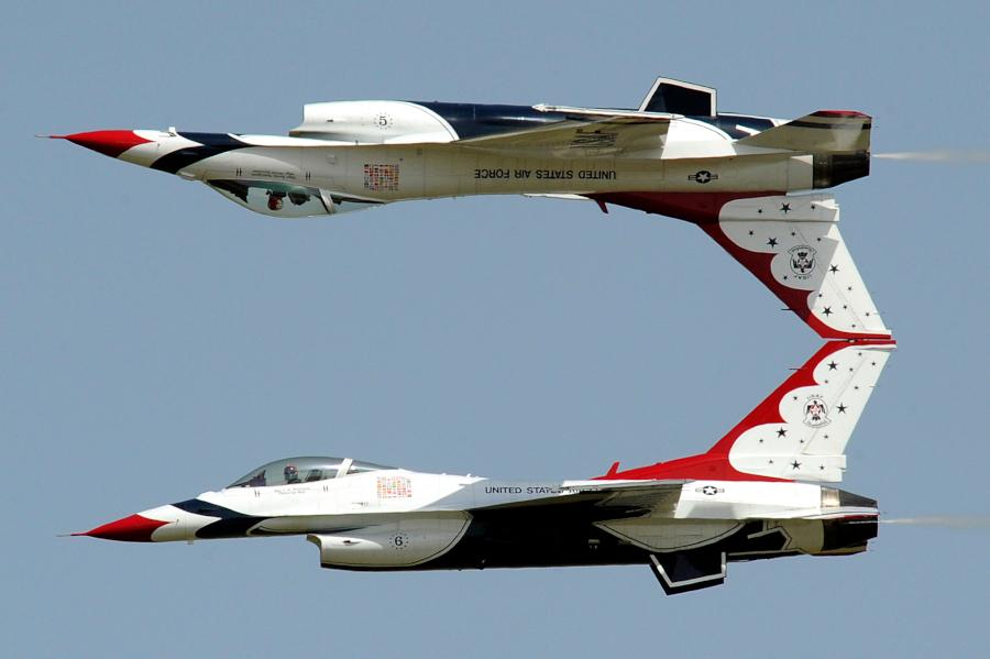 Thunderbirds_04.jpg
