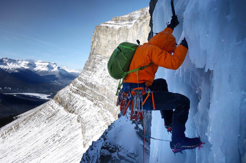 Matthias Scherer on Murchsion Falls, Icefields Parkway, Canada - picture Tanja Schmitt