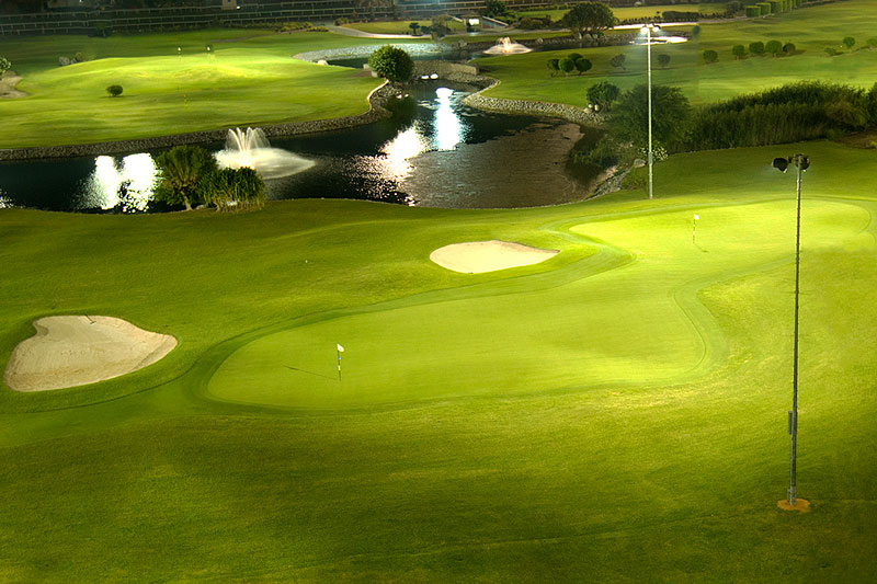 Night Golf -