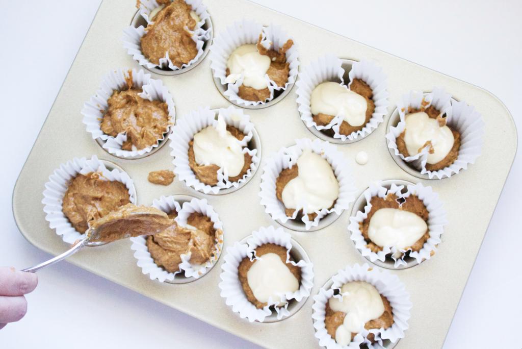 Pumpkin Cheesecake Muffins | www.annemariemitchell.com