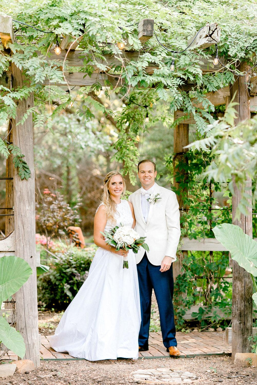 ali-brandon-hamilton-lubbock-wedding-photographer-estate-lee-lewis-construction-bee-alleej_0068.jpg
