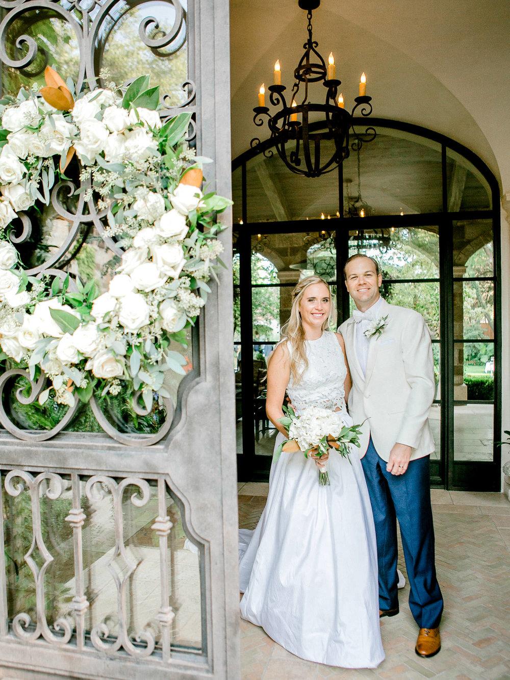 ali-brandon-hamilton-lubbock-wedding-photographer-estate-lee-lewis-construction-bee-alleej_0078.jpg