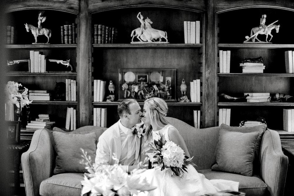 ali-brandon-hamilton-lubbock-wedding-photographer-estate-lee-lewis-construction-bee-alleej_0101.jpg