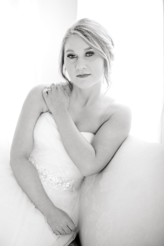 Kaila-cox-bridals-lubbock-photographer0038.jpg