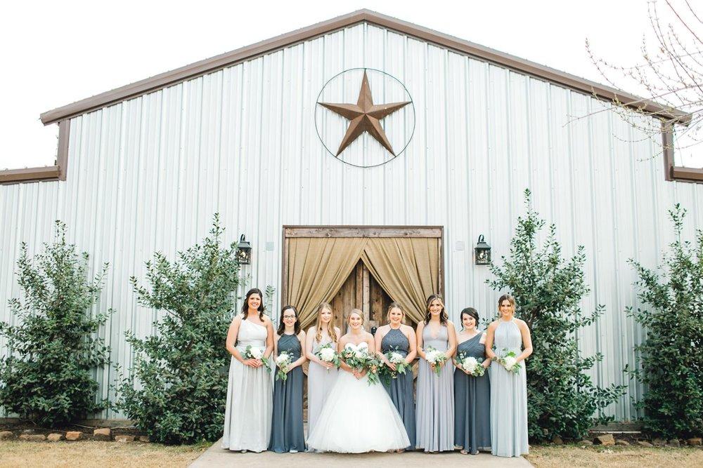 kayla-jacob-dow-cotton-creek-barn-lubbock-wedding-photographer-alleej0032.jpg