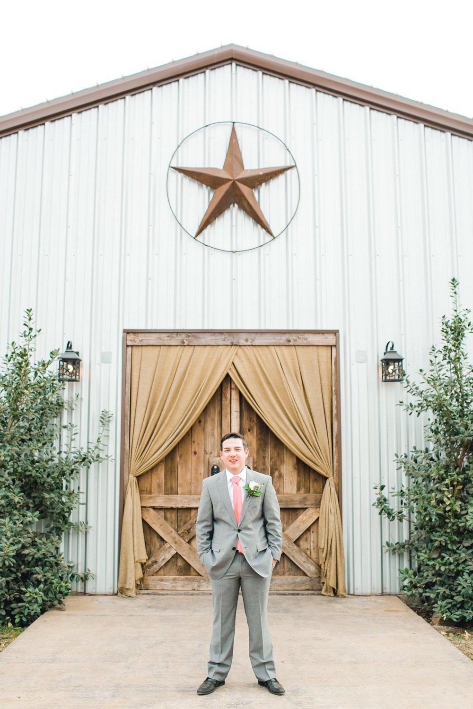 kayla-jacob-dow-cotton-creek-barn-lubbock-wedding-photographer-alleej0046.jpg
