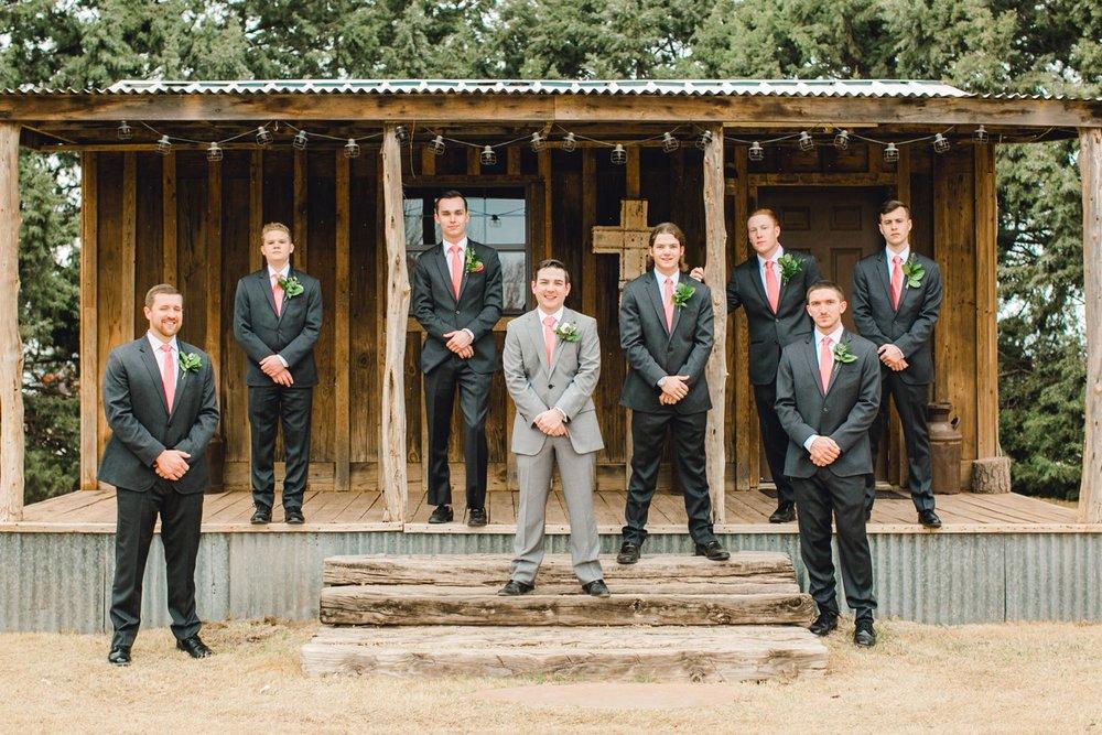 kayla-jacob-dow-cotton-creek-barn-lubbock-wedding-photographer-alleej0051.jpg