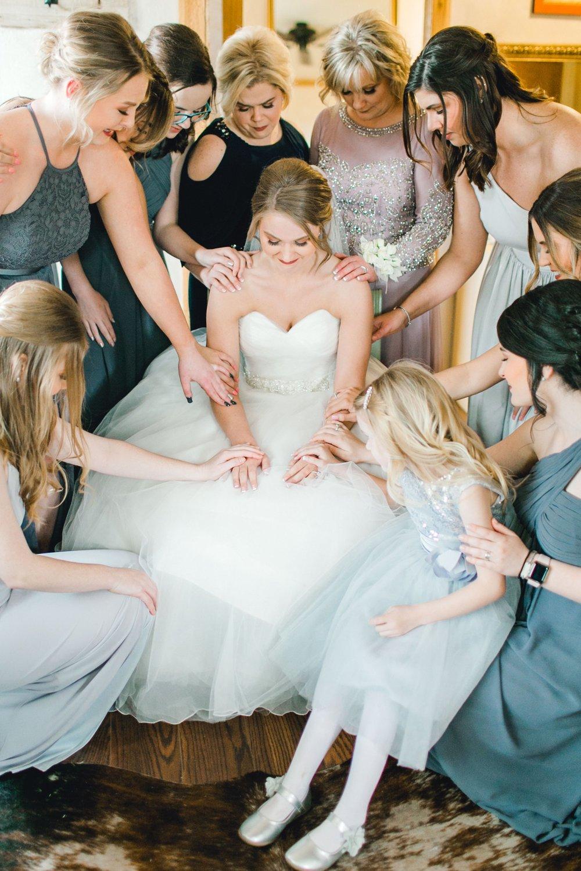 kayla-jacob-dow-cotton-creek-barn-lubbock-wedding-photographer-alleej0058.jpg