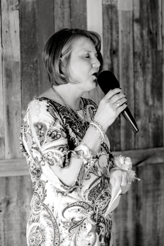 kayla-jacob-dow-cotton-creek-barn-lubbock-wedding-photographer-alleej0069.jpg