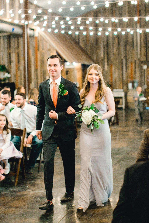 kayla-jacob-dow-cotton-creek-barn-lubbock-wedding-photographer-alleej0070.jpg
