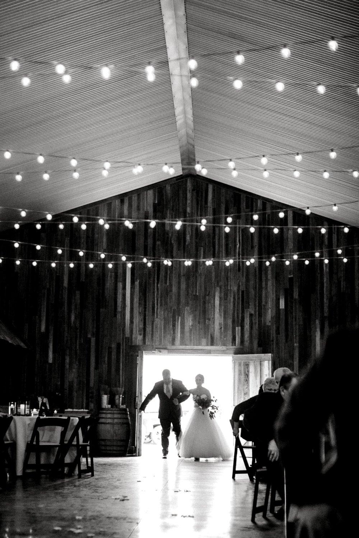 kayla-jacob-dow-cotton-creek-barn-lubbock-wedding-photographer-alleej0074.jpg