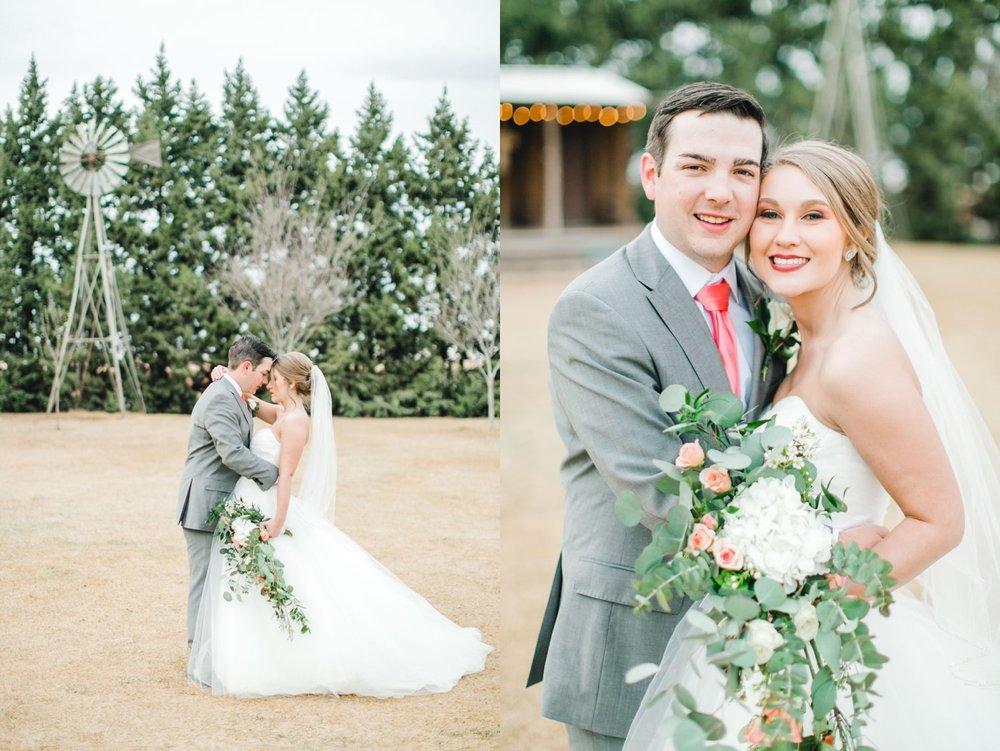 kayla-jacob-dow-cotton-creek-barn-lubbock-wedding-photographer-alleej0103.jpg