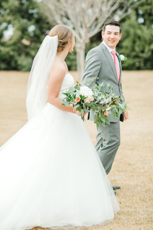 kayla-jacob-dow-cotton-creek-barn-lubbock-wedding-photographer-alleej0109.jpg