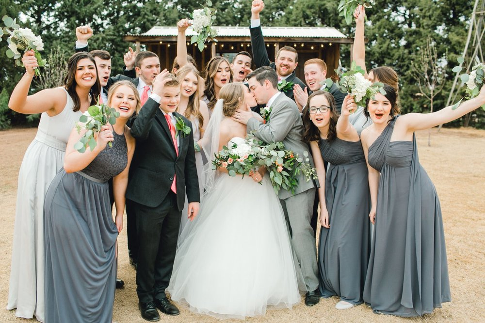 kayla-jacob-dow-cotton-creek-barn-lubbock-wedding-photographer-alleej0112.jpg