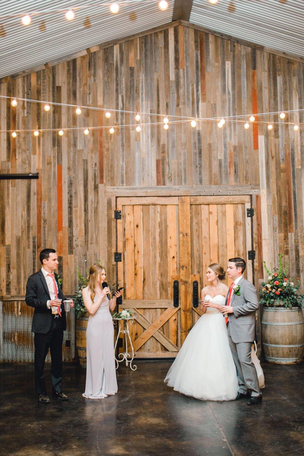 kayla-jacob-dow-cotton-creek-barn-lubbock-wedding-photographer-alleej0132.jpg