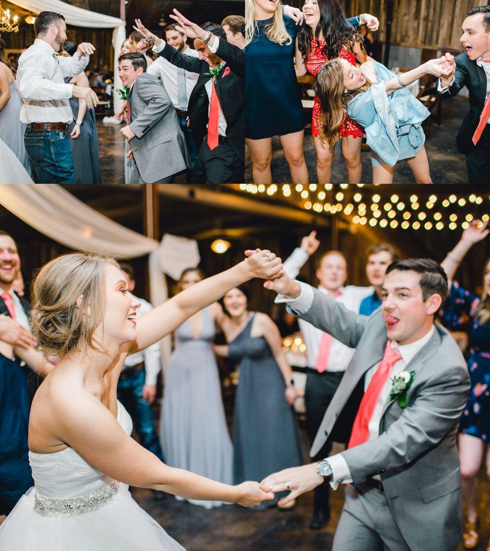 kayla-jacob-dow-cotton-creek-barn-lubbock-wedding-photographer-alleej0152.jpg