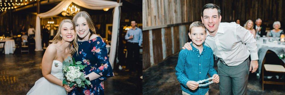 kayla-jacob-dow-cotton-creek-barn-lubbock-wedding-photographer-alleej0154.jpg