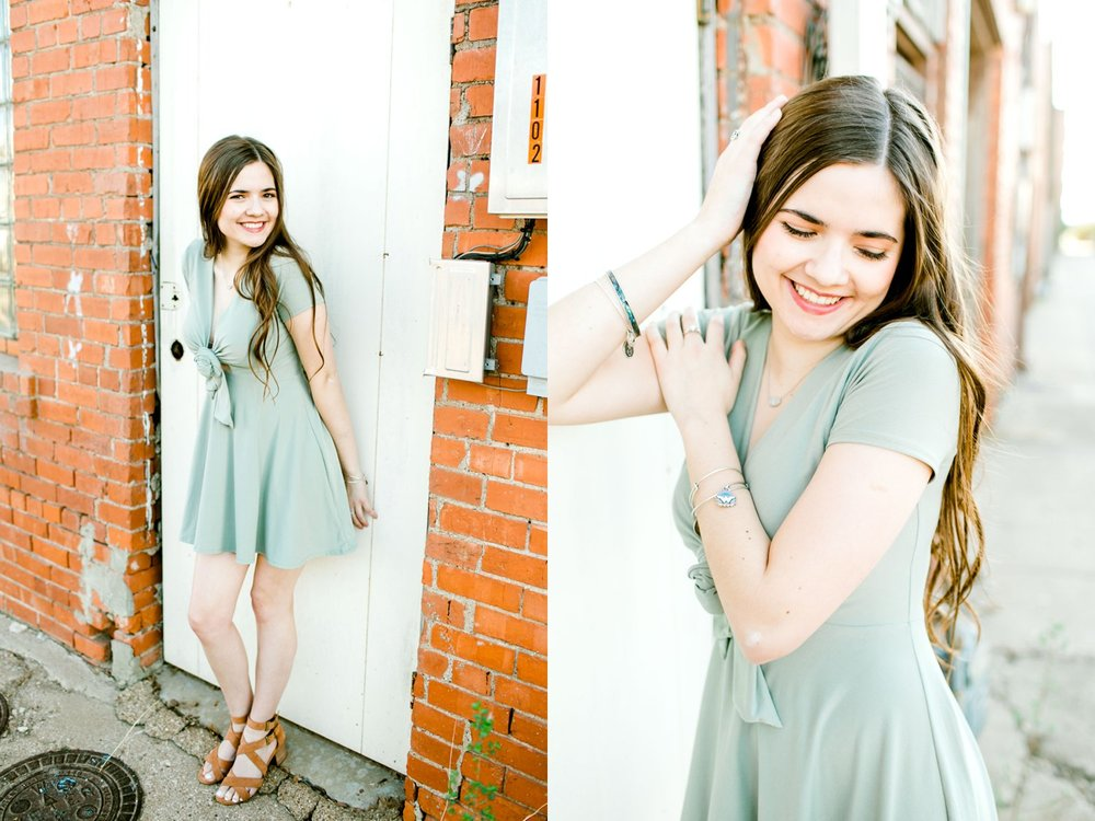 Emma-Stapleton-High-School-Senior-Photographer-Lubbock_0022.jpg