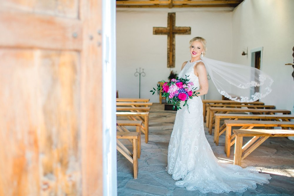 Jenna-evans-bridals-balmorhea-texas-fort-davis-wedding-photographer-lubbock-photographer__0018.jpg