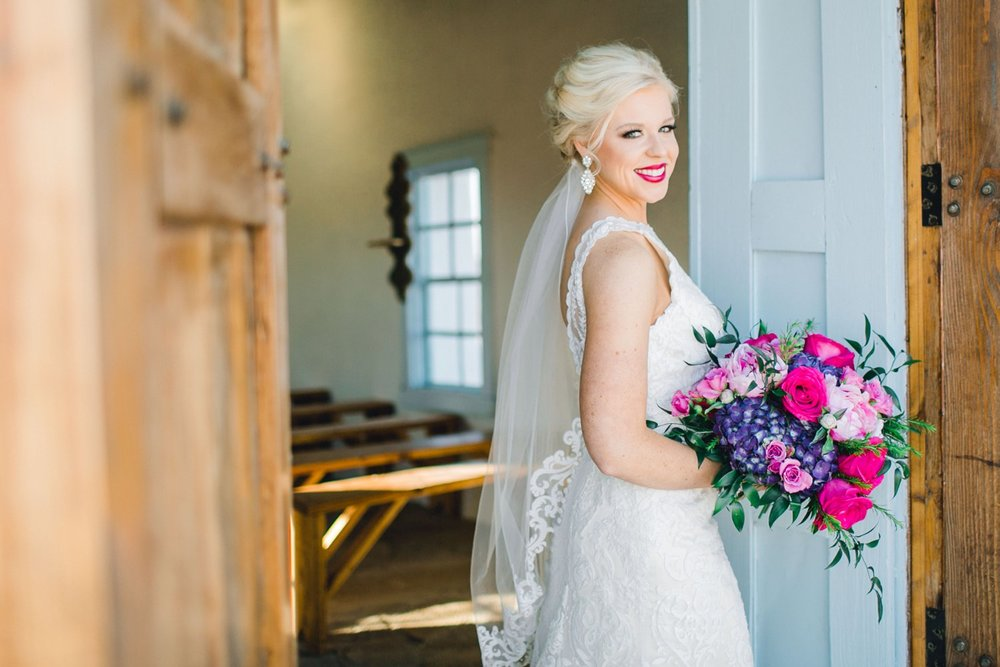 Jenna-evans-bridals-balmorhea-texas-fort-davis-wedding-photographer-lubbock-photographer__0021.jpg