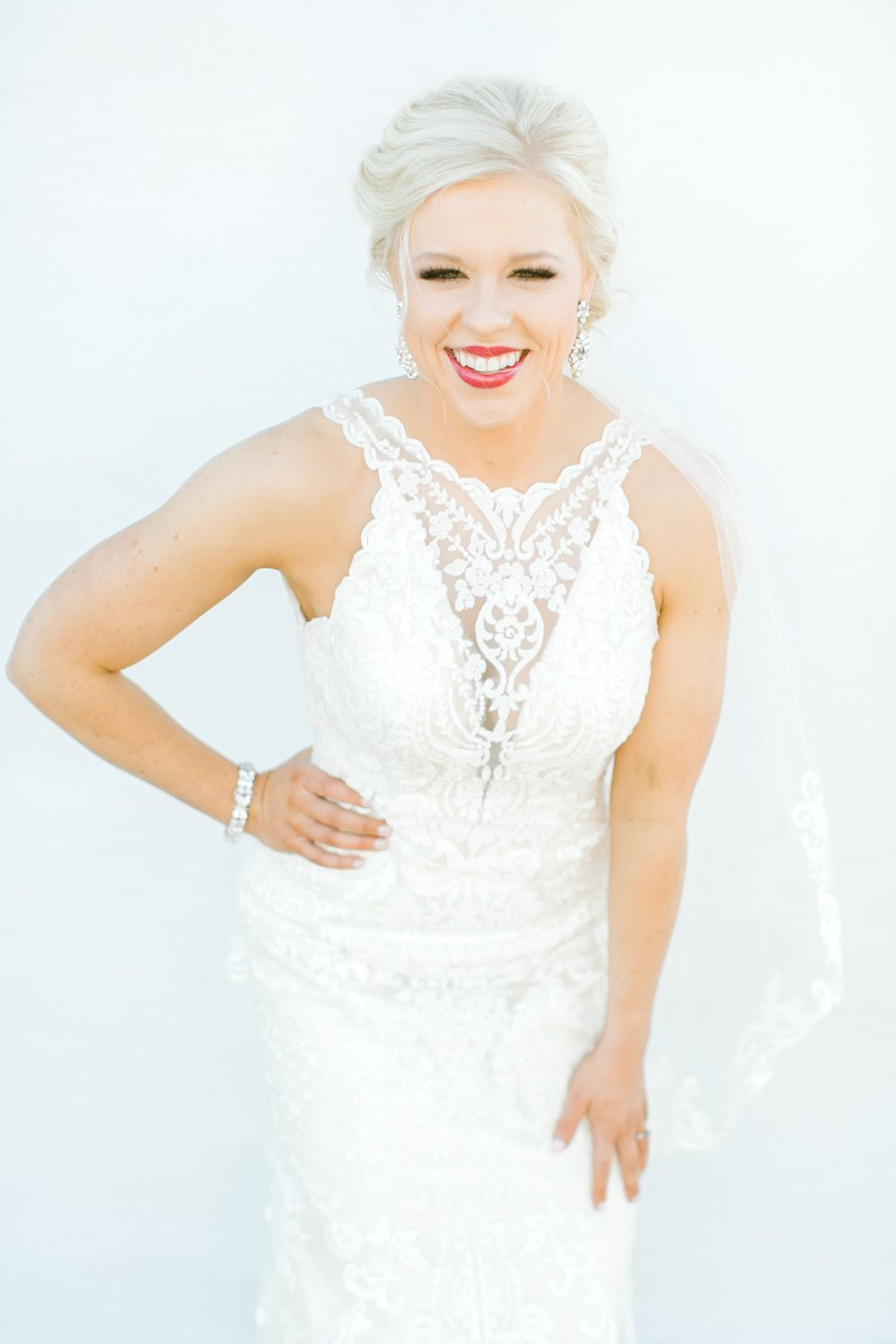 Jenna-evans-bridals-balmorhea-texas-fort-davis-wedding-photographer-lubbock-photographer__0051.jpg