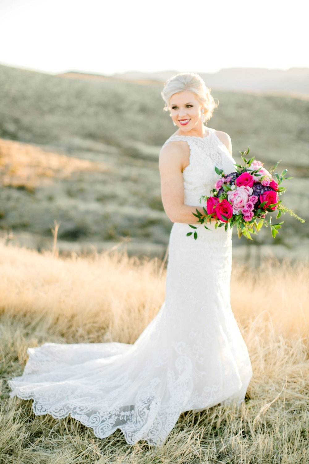 Jenna-evans-bridals-balmorhea-texas-fort-davis-wedding-photographer-lubbock-photographer__0058.jpg