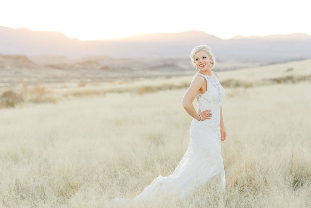 Jenna-evans-bridals-balmorhea-texas-fort-davis-wedding-photographer-lubbock-photographer__0063.jpg