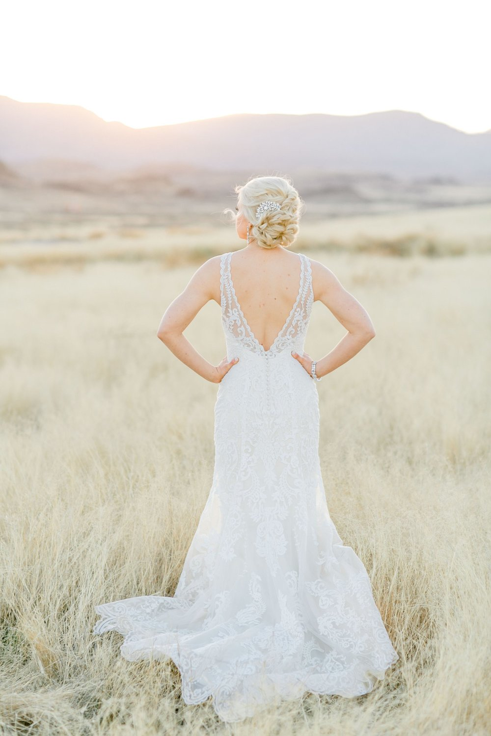 Jenna-evans-bridals-balmorhea-texas-fort-davis-wedding-photographer-lubbock-photographer__0065.jpg