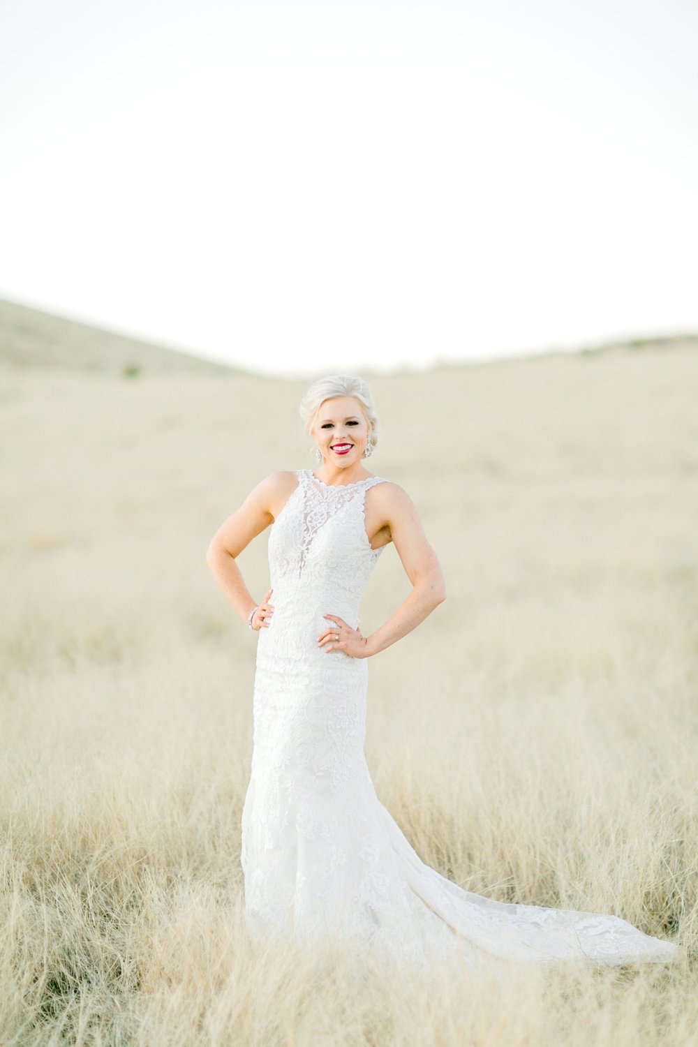 Jenna-evans-bridals-balmorhea-texas-fort-davis-wedding-photographer-lubbock-photographer__0070.jpg