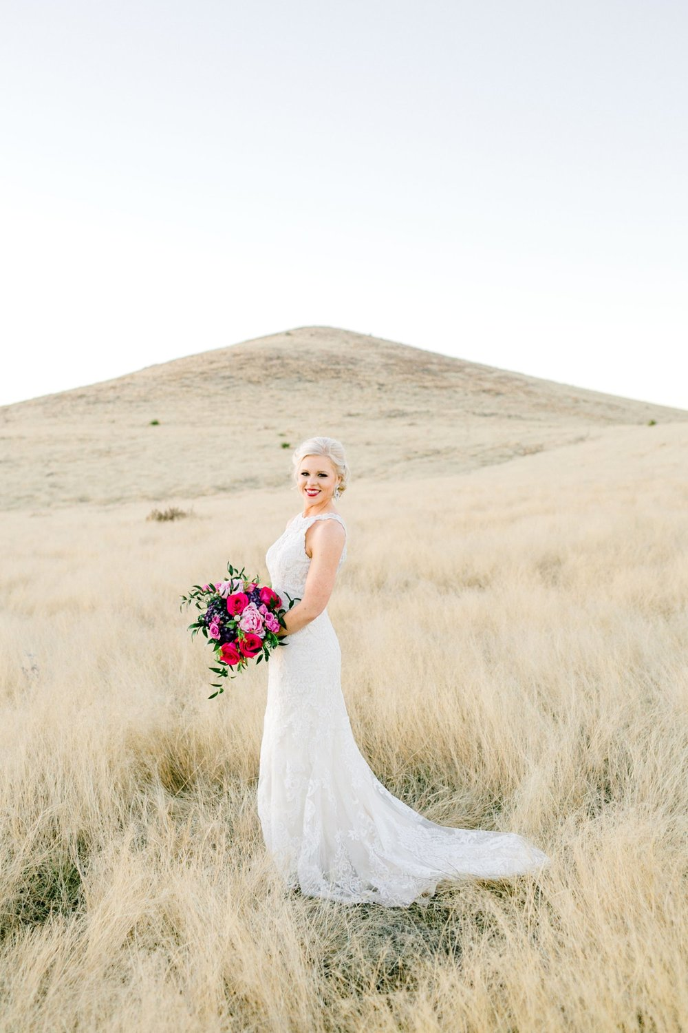 Jenna-evans-bridals-balmorhea-texas-fort-davis-wedding-photographer-lubbock-photographer__0072.jpg
